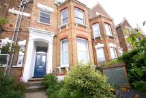 Flat for sale in Bethune Road, London
