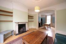 2 bedroom Flat in Albion Road...