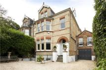 7 bed semi detached home in Liverpool Road...