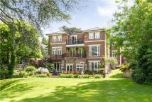 6 bedroom Detached house in Arthur Road, Wimbledon...