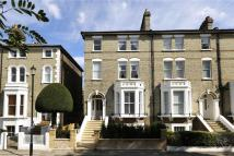 5 bed semi detached house in Lingfield Road...