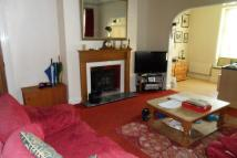 3 bed Apartment in Manor Heath Road...