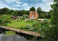 7 bedroom Detached house in Nr Bramley, Hampshire...
