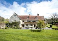 7 bed Detached home in Upton Manor House, Upton...