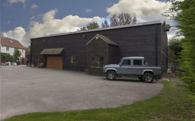 Barns (Lot 1)
