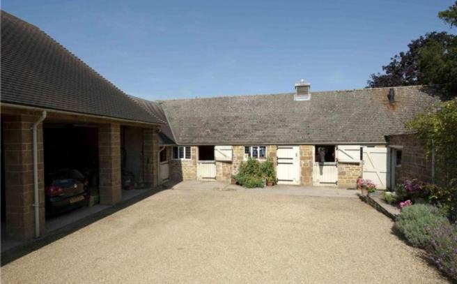 Stables and Garaging