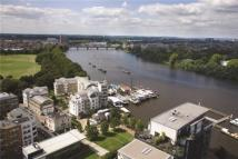 4 bedroom new Flat for sale in Riverside Quarter...