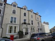 3 bedroom Flat to rent in Church Walks