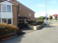 Ground Flat to rent in Manor Park, Llandudno
