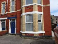 Ground Flat to rent in Mostyn Road
