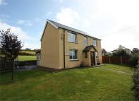 Detached home in Tynygroes...