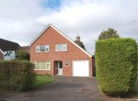 3 bed Detached property in Essex Place, Lambourn...
