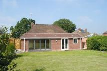 3 bed Bungalow for sale in Valley Road, Newbury...