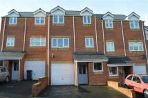 3 bedroom Town House in 20, Oaklands Park...