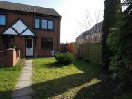 3 bed semi detached property in 11 Glandwr, Vaynor...