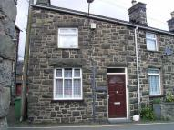 2 bedroom semi detached property to rent in Llys Dedwydd, Dolgellau...