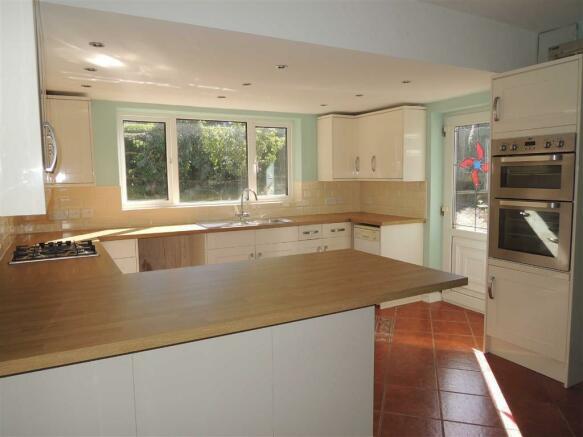 New Kitchen/Breakfast Room