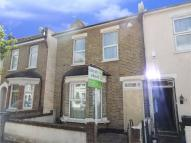 3 bed End of Terrace house for sale in Amberley Grove, Croydon