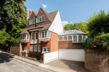 3 bed Detached house for sale in Frognal, London, NW3
