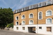 2 bedroom Flat for sale in Regents Park Road...