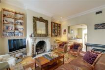 5 bedroom Maisonette in Regents Park Road...