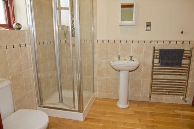 Shower Room/Bedro...