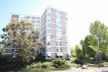 2 bedroom Flat to rent in Oxford Road, Uxbridge...