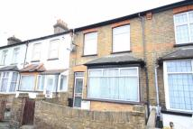 5 bedroom Terraced house in Moorfield Road, Uxbridge...