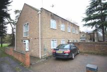 3 bed semi detached house in Rickard Close...