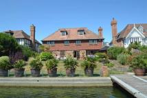 6 bed Detached property in Sovereign Harbour