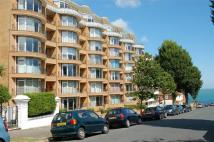 Flat for sale in Meads