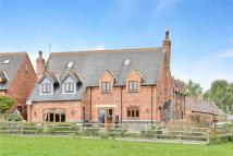 4 bedroom Detached house in Brook Farm Court...