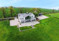 5 bedroom Detached home for sale in Pasture Lane...
