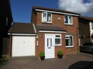 Detached house to rent in Hawkfields, Luton, Luton