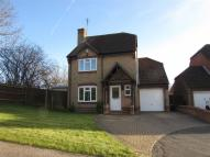 4 bedroom Detached home in Chard Drive, Luton