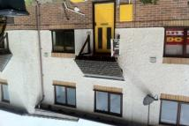 2 bedroom house to rent in Lloyd Close, The Willows...