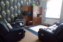 house to rent in Castleton Road, Deepdale