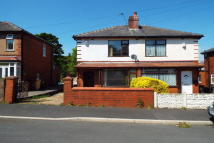 2 bedroom property to rent in Whiteland Avenue, Deane...