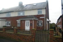 2 bedroom home to rent in Lloyds Avenue...