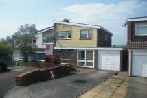 3 bed property to rent in Wells Gardens, Low Fell...
