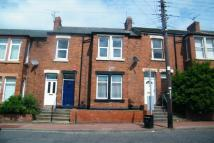 1 bedroom Ground Flat to rent in Gladstone Terrace...
