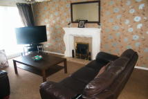 Flat to rent in Morval Close, Moorside...