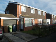 3 bed house to rent in Gayhurst Crescent...