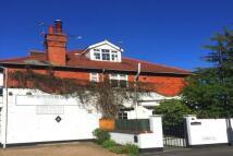 3 bedroom Flat in Strathmoore Road - Town...