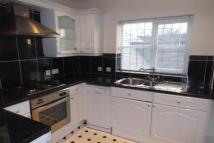 2 bed Apartment to rent in Parkgate ** March...