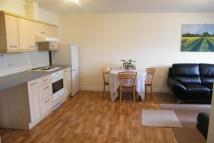 2 bed Flat in Summer Court, Firsway...