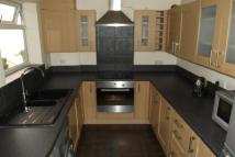 2 bed property in Wilford Crescent East...