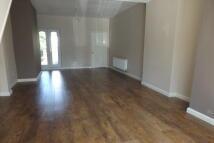 2 bedroom semi detached property in Bentley Drive, Birchills...