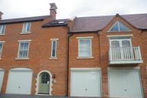 Apartment to rent in Coachmans Court, Moreton.