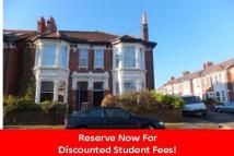 4 bed Flat in STUDENT PROPERTY Shirley...